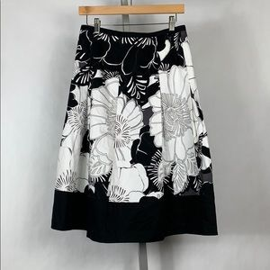 NWT east5th floral skirt size 6 p1